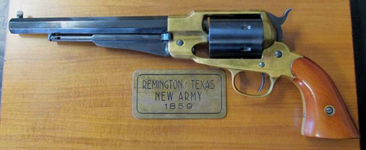 REVOLVER REMINGTON NEW ARMY  Mod. 1859  Cal. 44  (REPLICA a SALVE)