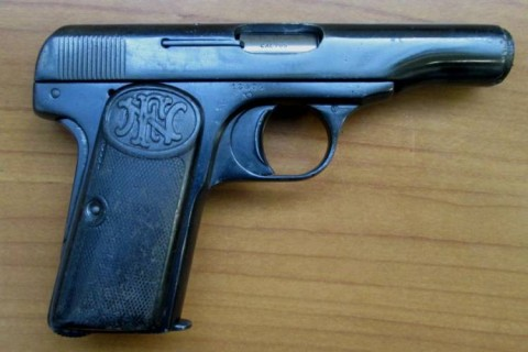 F - ARMI DISATTIVATE -  - PISTOLA BROWNING M.1910  Cal. 7,65	  scarr.